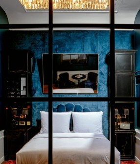 provocateur-rooms-and-suites-a-01-x2-1